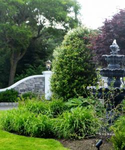 Outdoor Fountain New Jersey Wedding Event Venue
